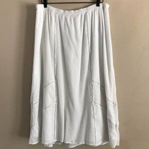 Old Navy White Textured Midi Skirt - XL
